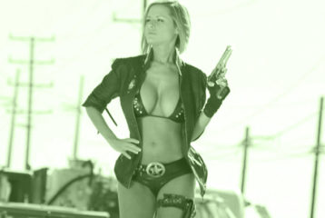 police woman with gun